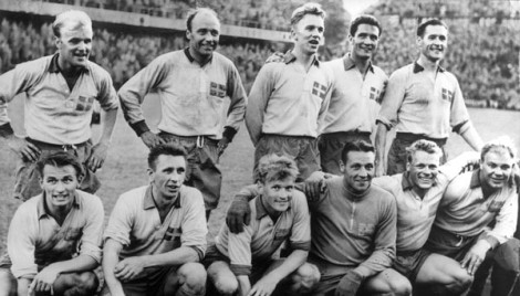 Swedish_squad_at_the_1958_FIFA_World_Cup_(2)